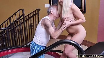 mom hidden dad sex american and Indian wife fuckked by a big black bull husband watching