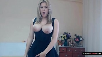2016 hips girls asstits older big chunky Hot chick mother and son