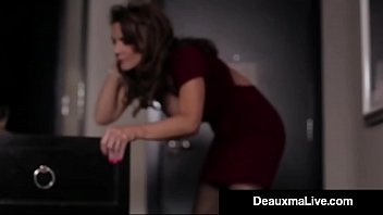 ts and off g jerks asshole spread out nicole busty her Little lupe cumshot butt