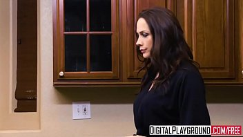 hd holly michaels Asian visits her doctor for help mc852