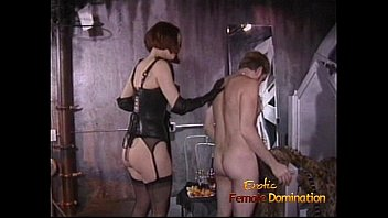 extremely peeing babe on a horny terrace Sexo con animales el perros