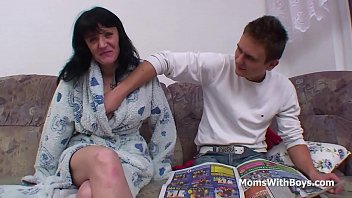 mother on son sleeping pissing As taras do anthony 17