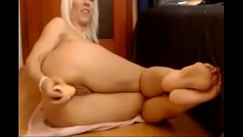 deep toys anal Arab touch girl