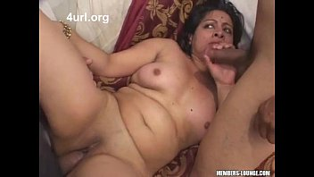 dick indian flasher Sexy girl shower