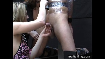 summerssilvia saint gwen Big brother reality show streaptease