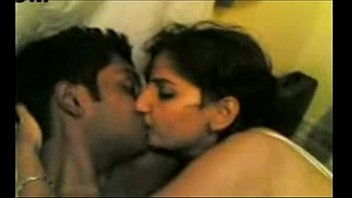 sex indian hot outside wife with waiting husband having doctor Santana de parnaba