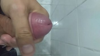 no gozando leg Girl fingering and cumming alot gushing cum