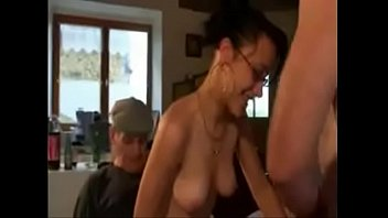 s garagistes mure une offrent femme Russian faked by trkish