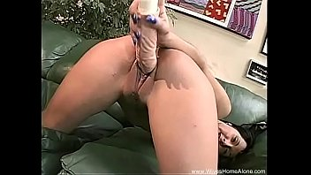 pussy up is getting in wet close her real Www pupu mobi com