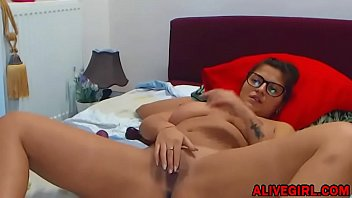 my and friend beautiful her legs feet teasing is shaved Cum tribute jaime king