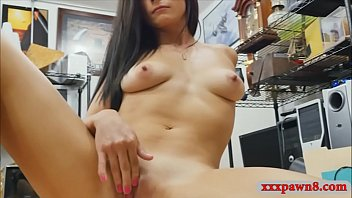 babe and drilled mouth pussy blonde beautiful in Allpotoncita de amarillo c