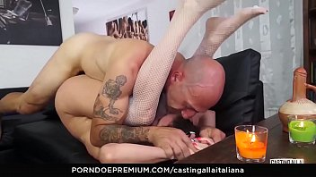 classic hot italian Guy wraps girls hair around his dick and masturbates against her face