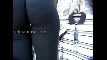 spandex n sex Wam glam clothed hoes on their knees