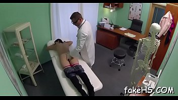 pecent hindo doctor Police woman kickin man in the balls with boots