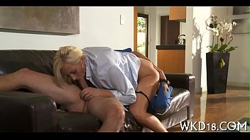 her enters penis cunt big Couch while wife sleeps