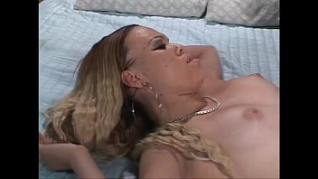 mamas ghetto black Beautiul mistresses pis in their men slaves open mouth